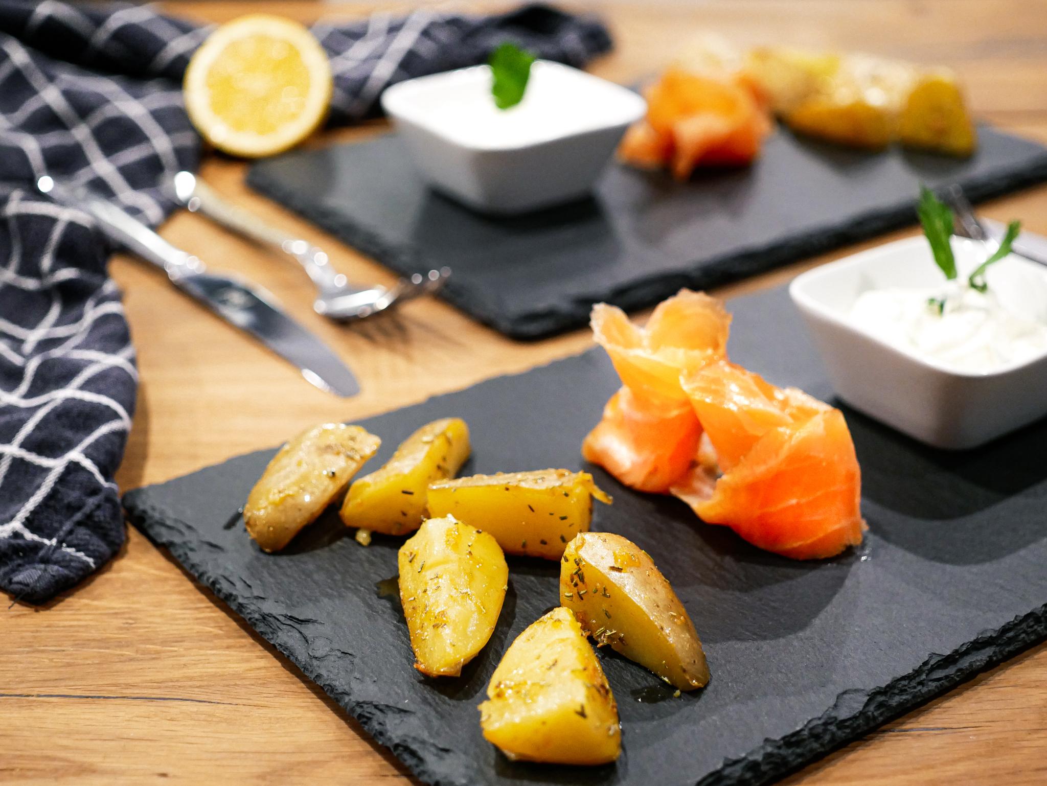Rosmarinkartoffeln mit Räucherlachs